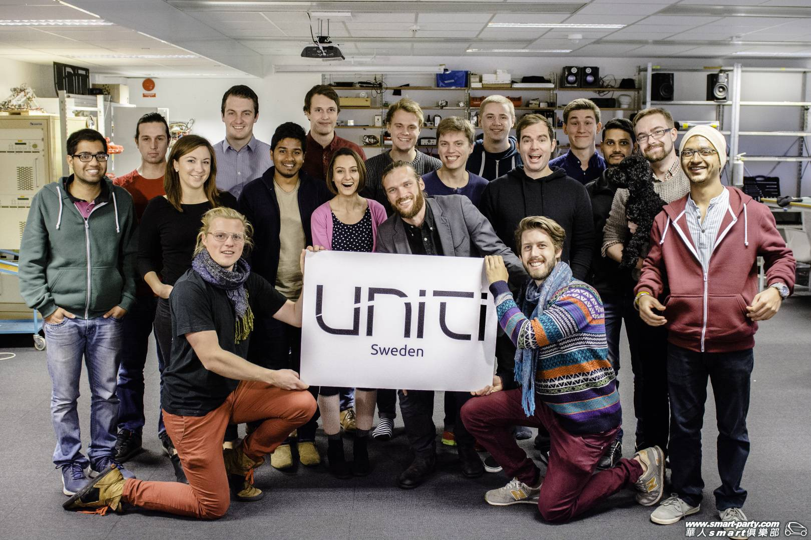 Uniti-Team-in-workshop-teamuniti.jpg